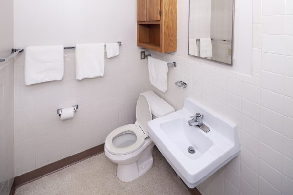 Bathroom of an apartment in an apartment in Eagle Heights.