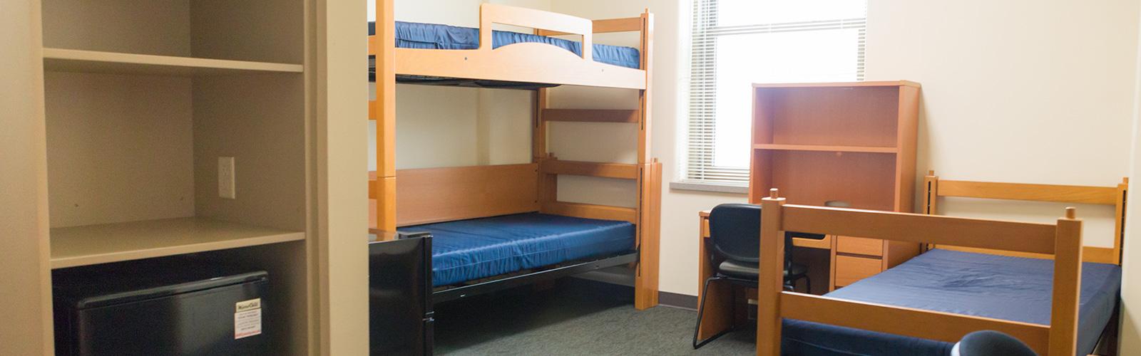 Triple room in Dejope Residence Hall